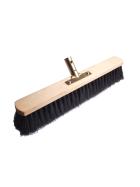 Buchenholzbesen mit schwarzen Kunstoffborsten und angebauter Stiehlhalterung für Stiehle mit einem Durchmesser von 24 mm.