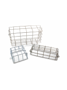 Lamp protection grilles for rear lights on agricultural machines, car trailers or caravans made of galvanized steel.