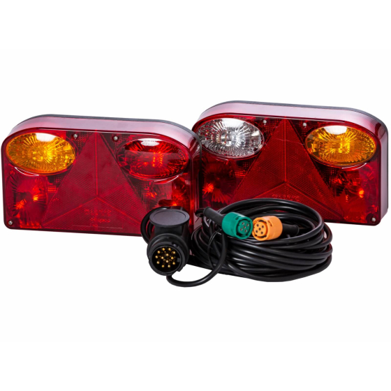 Trailer rear lights set consisting of one left and one right light incl. 5 meter cable set with a 13 pole plastic plug and 5 pole bayonet connector.
